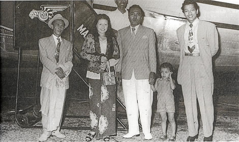 The late Tan Sri P. Ramlee (extreme right) is seen here with actress Kasma Booty and her husband Jacob Booty. The man in the hat is the late D. Harris, P. Ramlee's father-in-law and fellow actor. Datuk Mohd Noor Ahmad stands behind themGlimpses of Old Penang, pg75