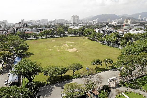 Place frequented by legends: It is widely known and reported that it is at this padang where some of the greatest Malaysian footballers used to train and play in the 1960s and 1970s